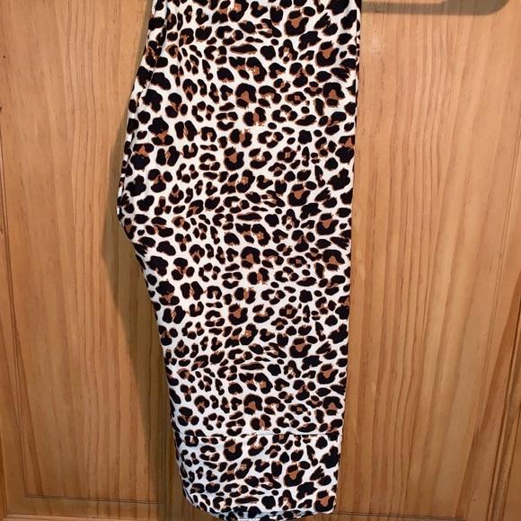 d272fbff17f6cd LuLaRoe Pants | Nwt Os Llr Leopard Printed Leggings | Poshmark